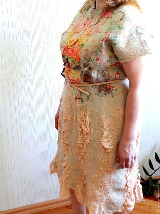 """Платья ручной работы. Ярмарка Мастеров - ручная работа. Купить Валяное платье """"Цветочная  симфония"""". Handmade. Комбинированный, шерсть"""