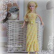 Куклы и игрушки ручной работы. Ярмарка Мастеров - ручная работа Вязанное платье для Барби Королева Золотого песка. Handmade.