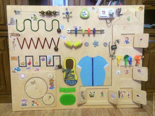 """Развивающие игрушки ручной работы. Ярмарка Мастеров - ручная работа. Купить Бизиборд""""домик"""". Handmade. Бизиборд, тренажер, Монтессори, 1 год"""