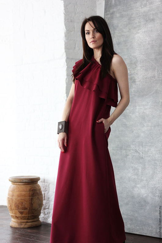 R00124 Красивое длинное платье . Платье макси в цвете бергунди. Макси длинное платье на одно плечо. Платье для вечеринки.Нарядное платье на выход. Вечернее, длинное  платье