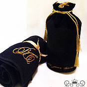 Подарки к праздникам handmade. Livemaster - original item Set a Bag of velvet towel and bath towel with embroidery. Handmade.