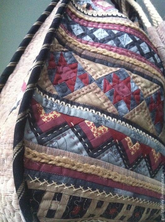 """Женские сумки ручной работы. Ярмарка Мастеров - ручная работа. Купить ,, Вереск  для Веры """"  лоскутная сумка.. Handmade. Разноцветный"""