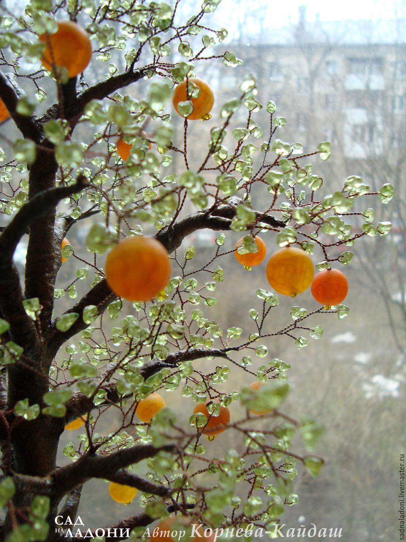 Дерево из агата и хризолита `Апельсины в корзине`. Авторский дизайн, ручная работа. Автор Корнева-Кайдаш. Дерево с плодами. Дерево из натуральных камней. Сад на ладони. Ярмарка мастеров.
