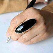 """Кольца ручной работы. Ярмарка Мастеров - ручная работа """"Крыло ворона"""" Серебряное кольцо с натуральным камнем. Handmade."""