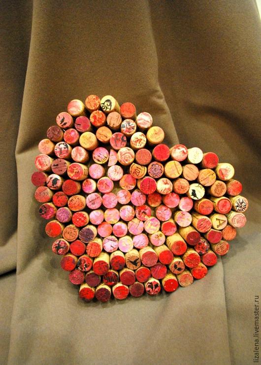 """Подарки для влюбленных ручной работы. Ярмарка Мастеров - ручная работа. Купить Панно из пробок """"Сердце"""". Handmade. Фуксия, сердце в подарок"""