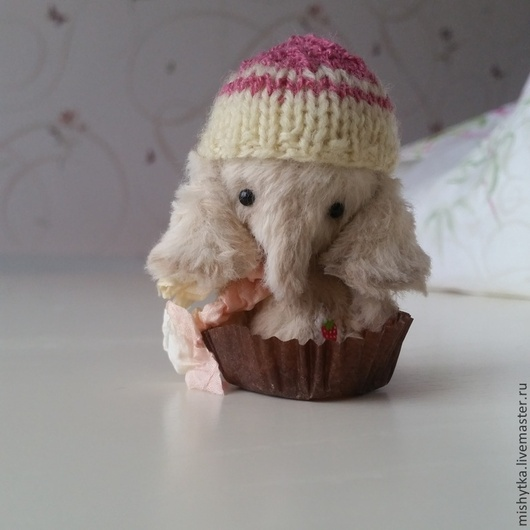Мишки Тедди ручной работы. Ярмарка Мастеров - ручная работа. Купить Клубничная конфетка. Handmade. Бежевый, маленький слоник