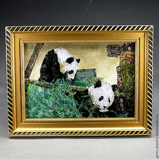 Животные ручной работы. Ярмарка Мастеров - ручная работа. Купить Картина «Панды» из натуральных драгоценных камней. Handmade. Натуральный изумруд
