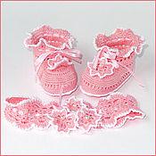 Работы для детей, ручной работы. Ярмарка Мастеров - ручная работа Розовые пинетки и повязочка. Handmade.
