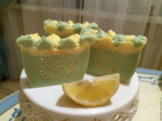 """Мыло ручной работы. Ярмарка Мастеров - ручная работа. Купить Акция 20%""""Зелёный чай с лимоном""""Тонизирующие шёлковое мыло с нуля. Handmade."""