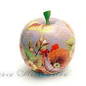 """Шкатулки ручной работы. Ярмарка Мастеров - ручная работа Шкатулка в форме яблока""""Роза тагильская"""". Handmade."""