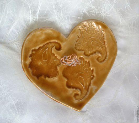 Тарелки ручной работы. Ярмарка Мастеров - ручная работа. Купить Тарелочка Медовое сердце. Handmade. Рыжий, Медовый, тарелка, для десерта