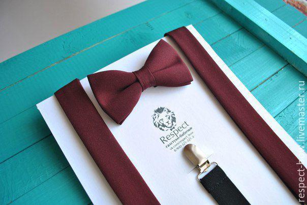 Купить бордовую бабочку галстук Марсала в комплекте с бордовыми подтяжками в интернет магазине Москве для бордовой свадьбы Марсала или для подарка на день Рождения, Новый год, 23 февраля, 8 марта.