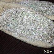 Аксессуары ручной работы. Ярмарка Мастеров - ручная работа Варежки валяные шерстяные теплые Оливки оливкового цвета. Handmade.