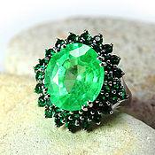 """Украшения ручной работы. Ярмарка Мастеров - ручная работа """"Emerald"""" кольцо серебро 925 с молодым изумрудом и зелеными гранатами. Handmade."""
