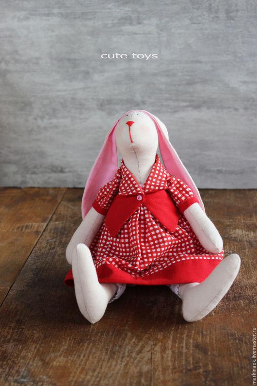 """Куклы Тильды ручной работы. Ярмарка Мастеров - ручная работа. Купить Зайка Тильда """"Натти"""". Handmade. Ярко-красный"""
