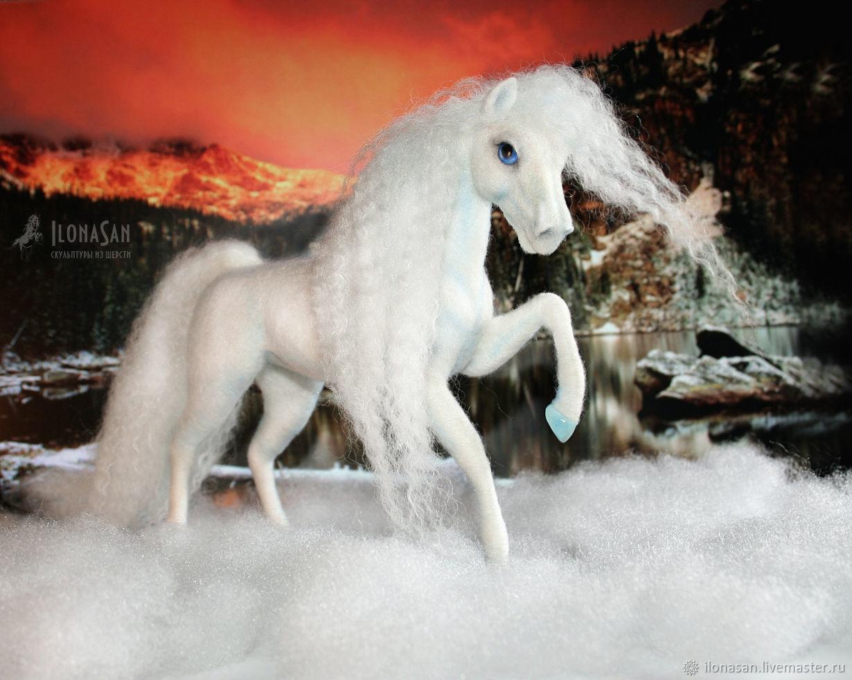 Белоснежная лошадка Снежинка (сухое валяние), Войлочная игрушка, Владивосток,  Фото №1