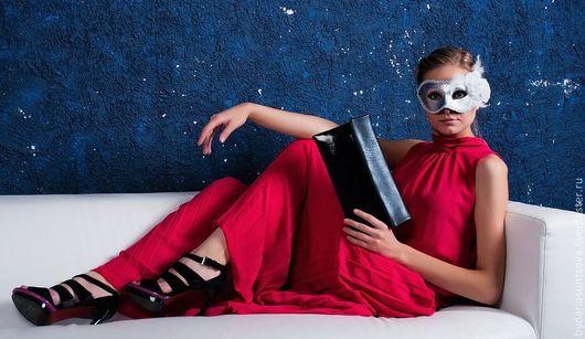 Женские сумки ручной работы. Ярмарка Мастеров - ручная работа. Купить Клатч Elegance. Handmade. Черный, лаковый клатч
