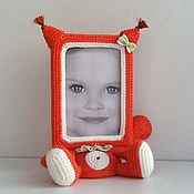 Куклы и игрушки ручной работы. Ярмарка Мастеров - ручная работа Вязаная фоторамка Белочка. Handmade.