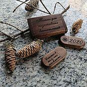 Сувениры и подарки handmade. Livemaster - original item Wooden flash drive with engraving in a box, business souvenir. Handmade.