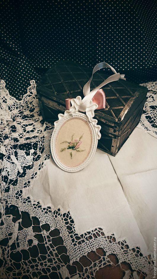 Подвески ручной работы. Ярмарка Мастеров - ручная работа. Купить Обещание розы. Интерьерная подвеска. Handmade. Шебби, mtsa
