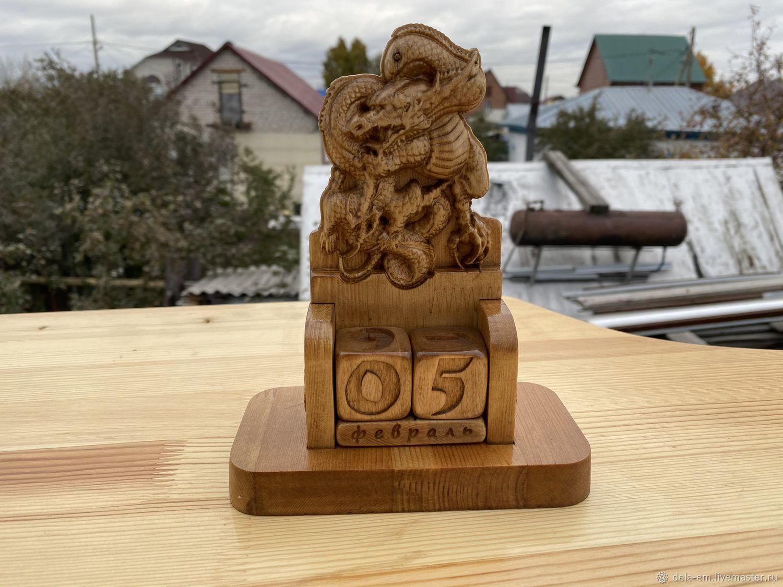 Вечный календарь из дерева с драконом, Календари, Барнаул,  Фото №1