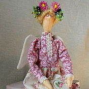 """Куклы и игрушки ручной работы. Ярмарка Мастеров - ручная работа """"Вышивальщица"""" интерьерная кукла в стиле Тильда. Handmade."""