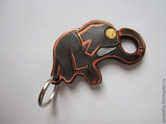 """Брелоки ручной работы. Ярмарка Мастеров - ручная работа. Купить Брелок кожаный """"Слоник"""". Handmade. Парашют, слон, Аксессуары handmade"""