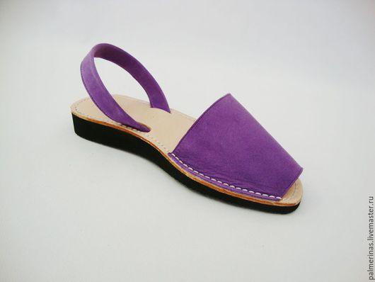 Обувь ручной работы. Ярмарка Мастеров - ручная работа. Купить Сандалии на танкетке  цвета фуксия. Handmade. Фиолетовый, сандалии из кожи