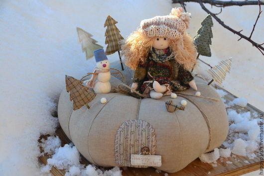 """Сказочные персонажи ручной работы. Ярмарка Мастеров - ручная работа. Купить """"Зима на тыкве"""", интерьерная композиция. Handmade. Зима на тыкве"""
