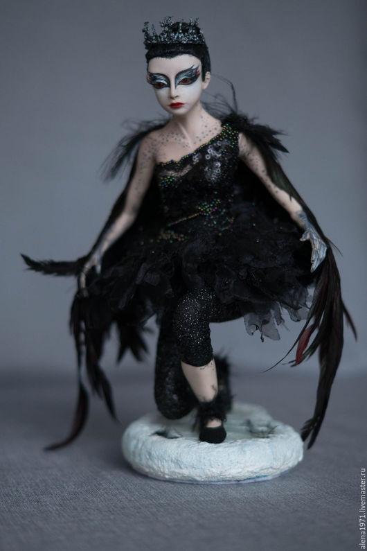 Коллекционные куклы ручной работы. Ярмарка Мастеров - ручная работа. Купить Черный лебедь. Handmade. Черный, подарок, трессы