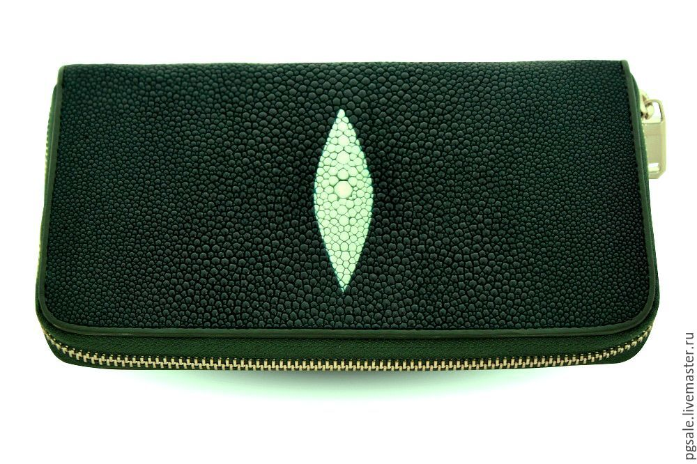 da3dc58e40aaea Women's Zipper Wallet Made Of Stingray | Stanford Center for ...