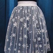 Одежда ручной работы. Ярмарка Мастеров - ручная работа Фатиновая юбка со снежинками. Handmade.