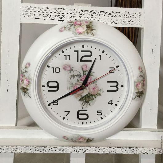 """Часы для дома ручной работы. Ярмарка Мастеров - ручная работа. Купить Часы настенные"""" Винтажные Розы"""". Handmade. Бежевый"""