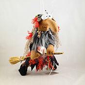 """Куклы и игрушки ручной работы. Ярмарка Мастеров - ручная работа Баба-Яга """"Летим на шабаш"""". Handmade."""