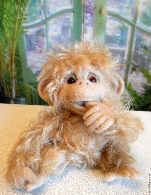 Игрушки животные, ручной работы. Ярмарка Мастеров - ручная работа. Купить РАДА  обзьянка из шерсти. Handmade. Бежевый, мартышки, войлок