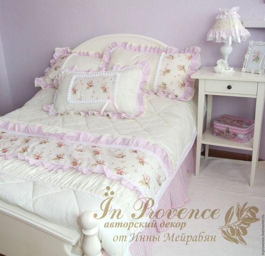 Комплект в детскую:покрывало и подушки в стиле Шебби Шик Покрывало стеганое