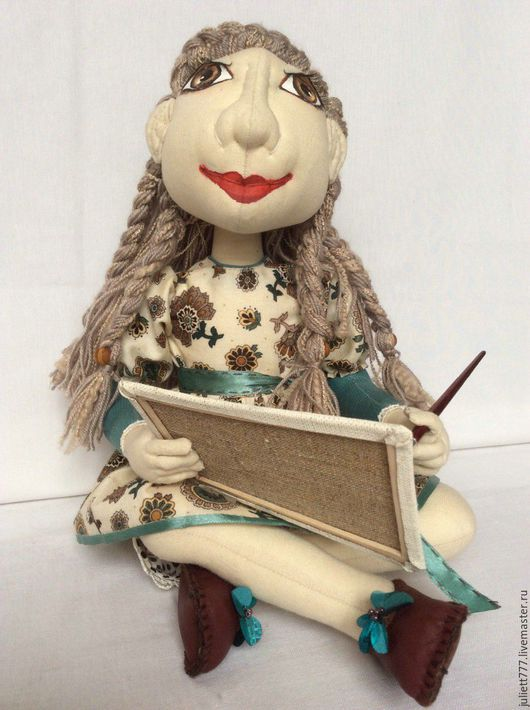 Коллекционные куклы ручной работы. Ярмарка Мастеров - ручная работа. Купить Девушка - художница. Handmade. Художница, девушка с картиной, пайетки
