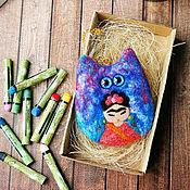 Куклы и игрушки ручной работы. Ярмарка Мастеров - ручная работа Кот Фриды Кало - декоративная войлочная игрушка-подвеска. Handmade.