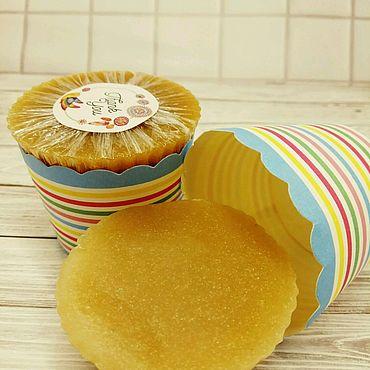 """Косметика ручной работы. Ярмарка Мастеров - ручная работа Скраб для ног с пемзой """"Кексик"""" с ароматом ягодного пирога. Handmade."""