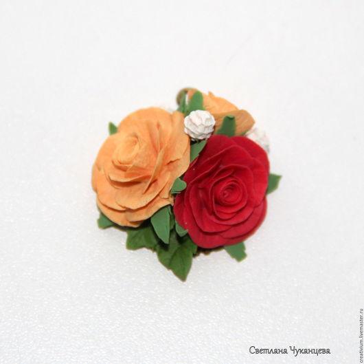 Кулоны, подвески ручной работы. Ярмарка Мастеров - ручная работа. Купить Кулон из полимерной глины с розами. Handmade. Ярко-красный