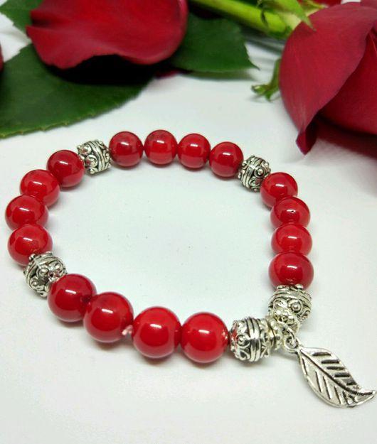"""Браслеты ручной работы. Ярмарка Мастеров - ручная работа. Купить Браслет из красного коралла """"Red""""!. Handmade. Бордовый, браслет в подарок"""