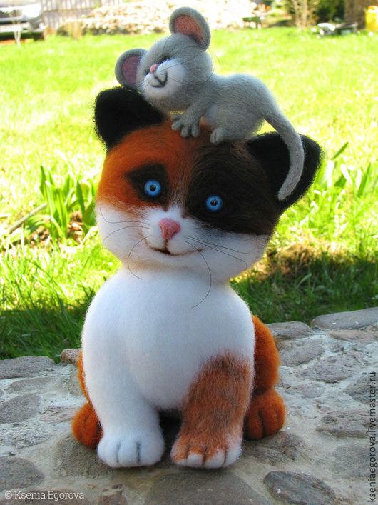 Игрушки животные, ручной работы. Ярмарка Мастеров - ручная работа. Купить Котенок с мышонком.Валяная игрушка из шерсти.Кошки-мышки.. Handmade.