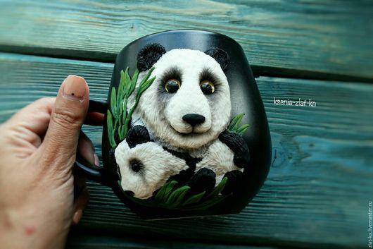 """Кружки и чашки ручной работы. Ярмарка Мастеров - ручная работа. Купить Кружка с декором """"панды"""". Handmade. Кружка, подарок мужчине"""