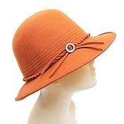 Винтаж handmade. Livemaster - original item Orange felt hat with decor. BRIXTON.  Italy. Handmade.