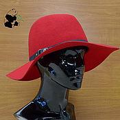 Аксессуары handmade. Livemaster - original item Elegant wide-brimmed hat of felt with a soft brim. Red and beige.. Handmade.