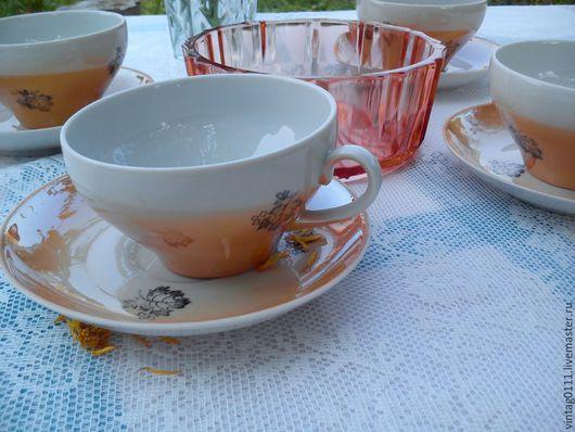 ...очаровательна дулевская чайная пара, выполненная еще во времена СССР... ...узнаваемая форма чайной чашки, качественный фарфор!!!
