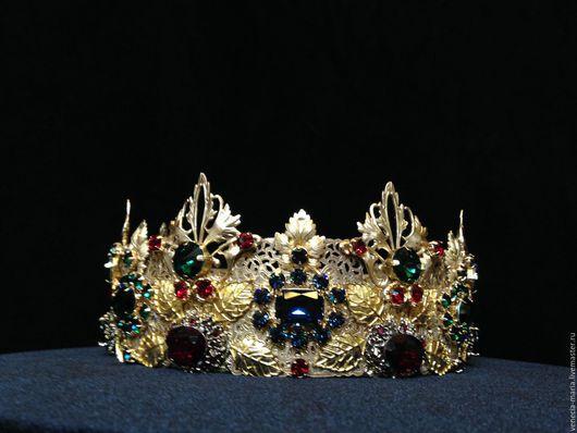 В блоге ( кнопочка слева) смотрите видео на эту корону.