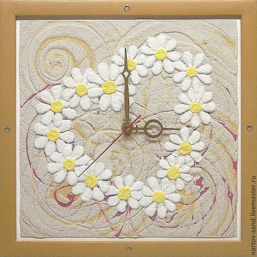 """Часы для дома ручной работы. Ярмарка Мастеров - ручная работа. Купить """"ВЛЮБЛЕННЫМ"""" из песка авторские часы. Handmade. Бежевый, сердце"""