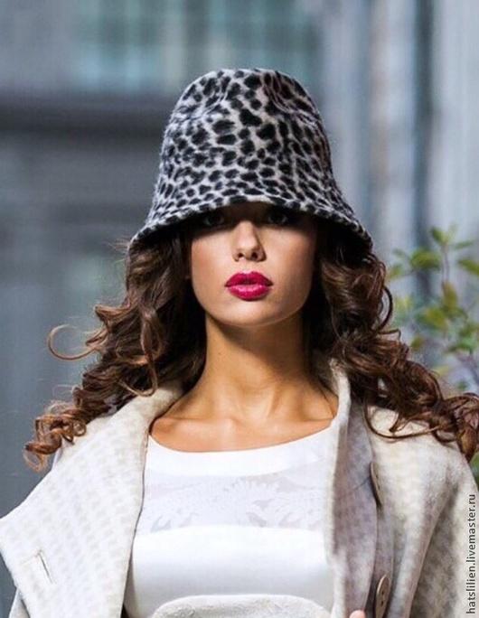Шляпы ручной работы. Ярмарка Мастеров - ручная работа. Купить Шляпа из велюра с леопардовым орнаментом 'Лавина'. Handmade. Шапка женская