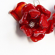 Серьги классические ручной работы. Ярмарка Мастеров - ручная работа Красные серьги с цветами Полёт феникса. Серебро 925, лэмпворк, алый. Handmade.
